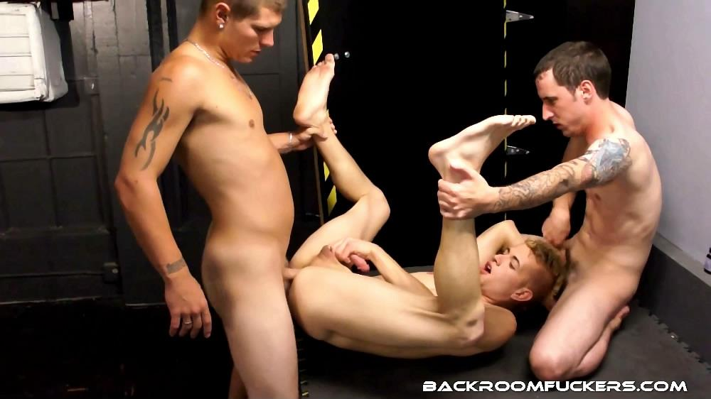 Backroom-Fuckers-Mario-Romo-Bareback-Bathhouse-Sex-Amateur-Gay-Porn-07 Mario Romo Eats Two Anonymous Loads At The Bathhouse